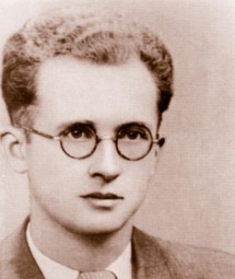 Raymond Deken avait enseigné l'anglais au lycée Louis Vincent de Metz entre 1935 et 1938
