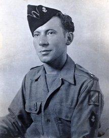 L'aspirant Francis Masset à la 1ère Armée 9ème D.I.C / 2/6 RIC en 1945