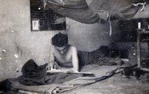Francis Masset le 8 mars 1946 après son débarquement à Haïphong. Sa