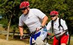 Franck Festor et Hervé Keiff, en route pour le Tour de France des Régions militaires... en VTT