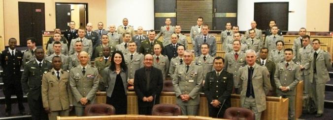 La délégation du CID dans la salle des délibérations du Conseil Régional de Lorraine