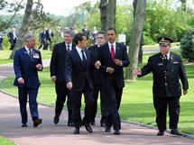 Le Prince Charles de Galles,  Stephen Harper, Premier Ministre du Canada, Nicolas Sarkozy, Président de la République, r Gordon Brown, Premier Ministre britannique, et Barack Obama, Président des Etats-Unis, le 6 juin 2009