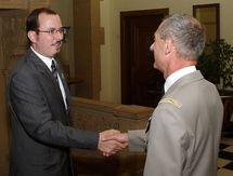 Gregory Dufour, Président du Cercle Esprits de Défense et le Général Jean-Loup Chinouilh, Commandant de la RTNE et Gouverneur militaire de Metz