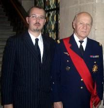 Le Président du Cercle Esprits de Défense aux côtés du Général de corps aérien, Michel Forget, membre de l'Académie des Sciences Morales et Politiques