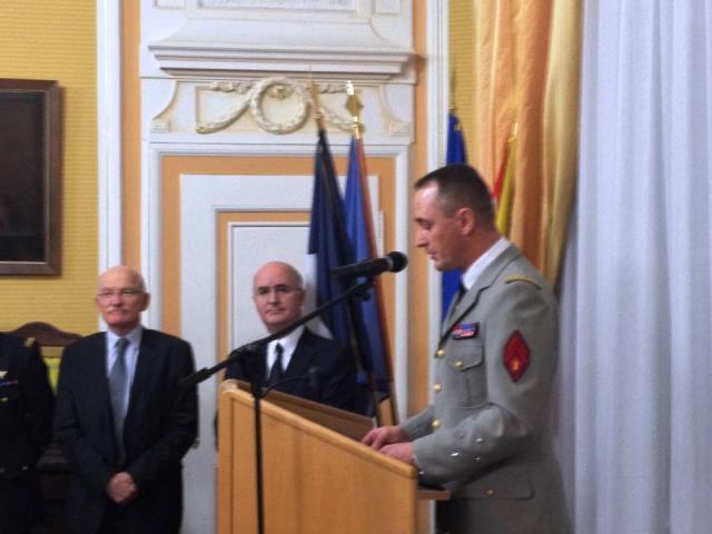 de gauche à droite : Dominique Gros, Maire de Metz, Nacer Meddah, Préfet de la région Lorraine et le Général Patrick Ribayrol