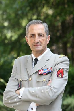Le Général d'Armée Bruno Cuche