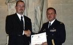 Le Capitaine François Maurice de la base aérienne 118 de Mont de Marsan honoré