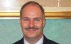 Gilles Roserens, militaire américain basé en France, reçoit la médaille de la Défense nationale